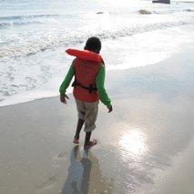 Surrogate Tapping for Trauma - Jonathan at Beach
